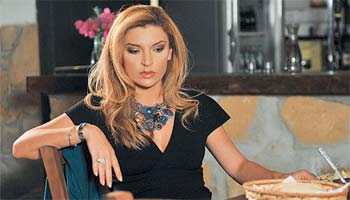 Μπρούσκο - Η Όλγα γεννάει πρόωρα και παντρεύεται τον Σήφη